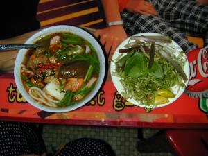 Vietnam-2000 25 20081223 1486461098