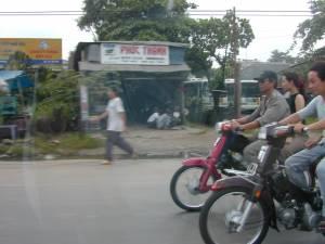 Vietnam-2001 189 20081223 1981927940